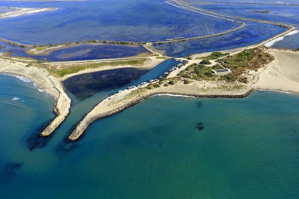 Parc Naturel Regional de Camargue, Arles, Salin de Giraud, They du Barrage, Grau de la dent