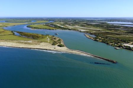parc naturel regional de Camargue, Les Saintes Maries de la Mer, Grau d'Orgon, embouchure du Petit Rhone