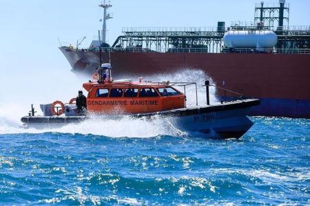 France, Bouches du Rhone (13), Golfe de Fos sur Mer, Port de Bouc, gendarmerie maritime, exercice d'intervention
