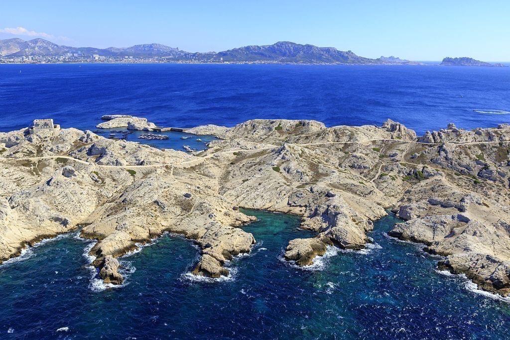 Parc national des Calanques, Marseille, 7e arrondissement, Archipel des iles du Frioul, ile Pomegues