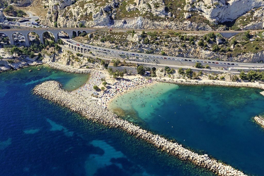 Anse de l'Estaque, Marseille, 16e arrondissement, quartier de l'Estaque, plage Fortin et plage Batteriede l'Estaque