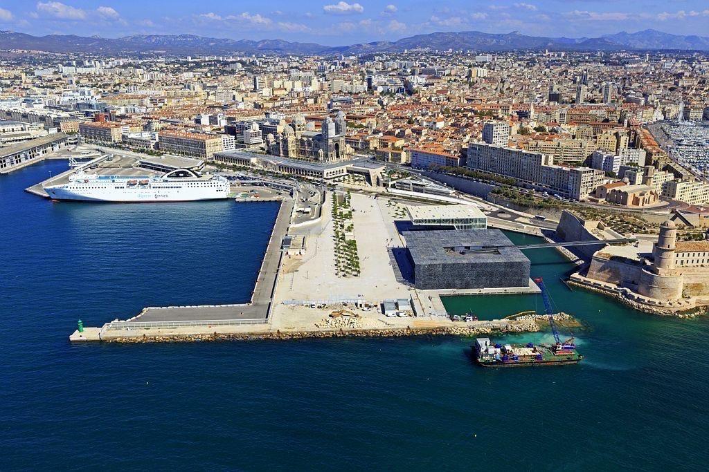 Marseille, 2e arrondissement, Zone Euromediterranee, Digue du Fort Saint Jean, Esplanade J4, MuCEM et La Villa Mediterranee