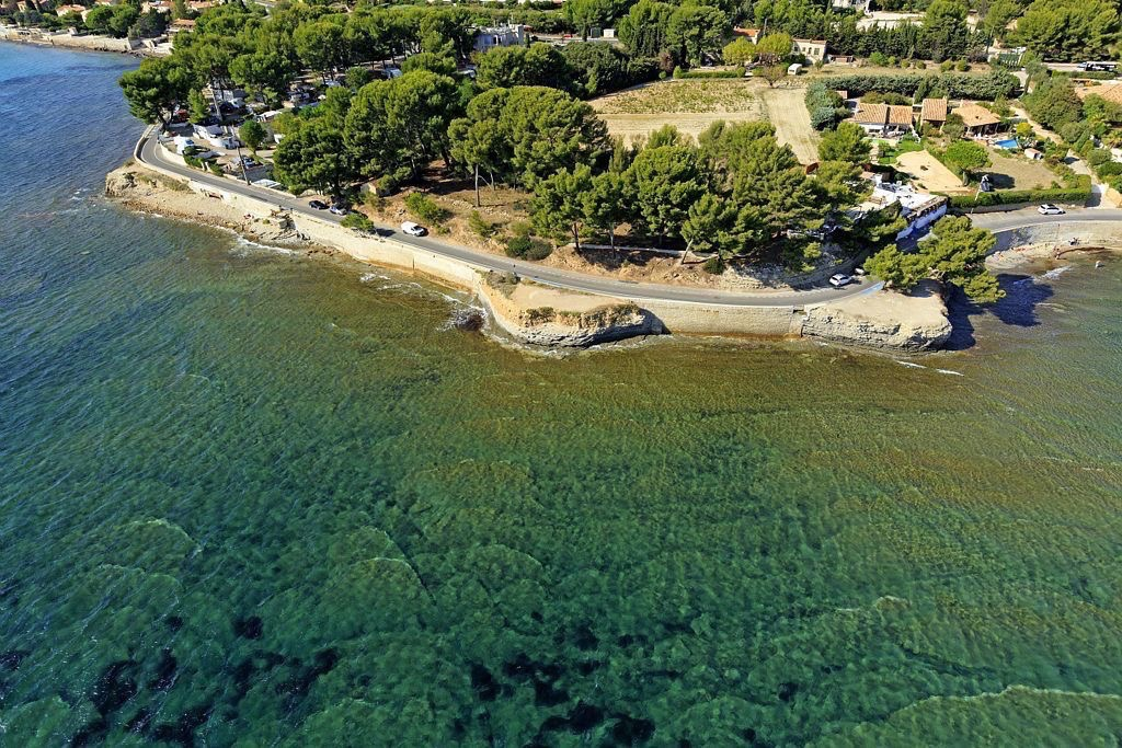La Ciotat, Baie de la Vierge, Pointe de La Baumette, Corniche Arene Cros (vue aerienne)