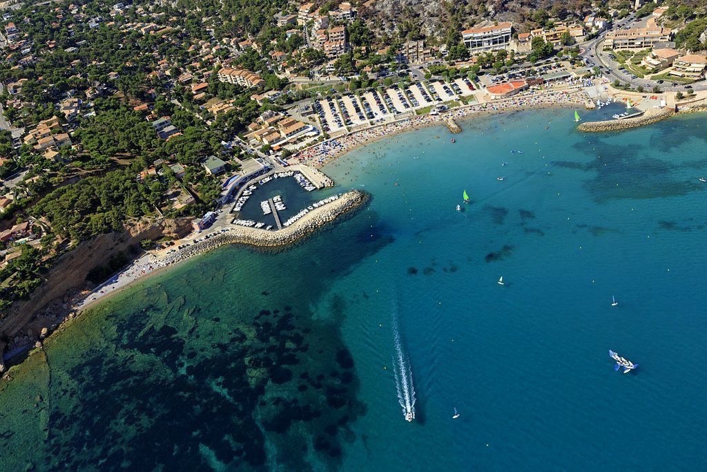 La Cote Bleue, Carry le Rouet, port et plage du Rouet
