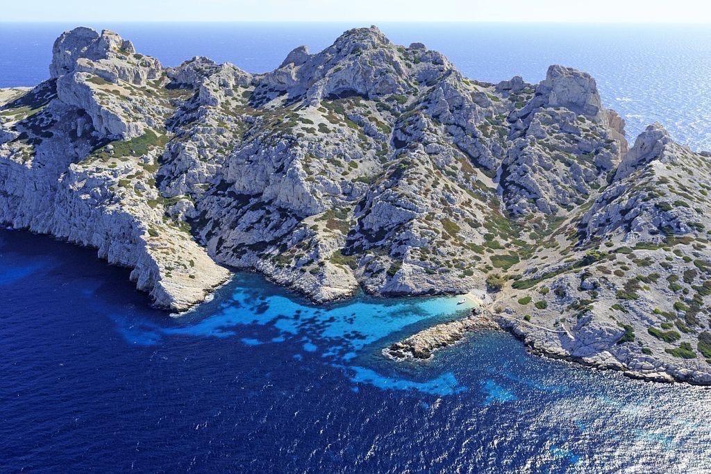 Parc national des Calanques, Marseille, Reserve Naturelle de l'Archipel de Riou, ile Riou, calanque de Monasterio