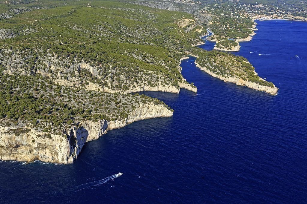 Parc national des Calanques, Marseille, 9e arrondissement, Pointe de Castelvieil, calanque de Port Pin, Pointe de Cacau
