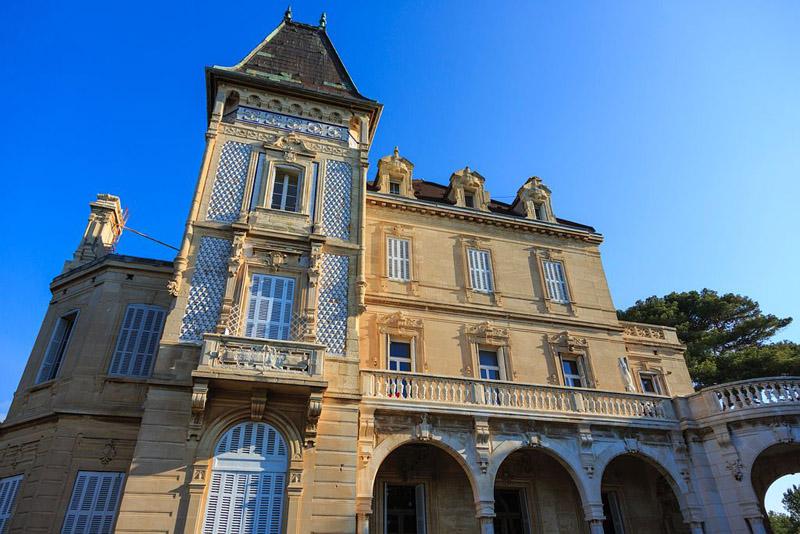 France, Bouches du Rhone (13), La Cote Bleue, Sausset Les Pins, Chateau Charles Roux (XIXe) copropriete privee