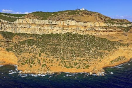 Parc national des Calanques, massif de la Canaille, La Ciotat, falaises Soubeyranes, Semaphore du Bec de l'Aigle, Pierres Tombees, Le Gabian (vue aerienne)