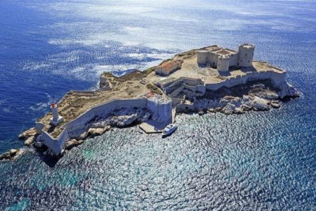 Parc national des Calanques, Marseille, 7e arrondissement, Archipel des iles du Frioul, Chateau d'If, classe Monument Historique