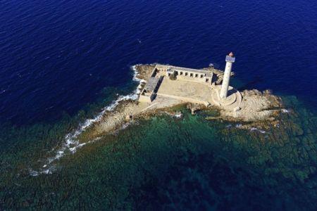 Parc national des Calanques, Rade de Marseille, Ile de Planier, phare de Planier (71,6 m)