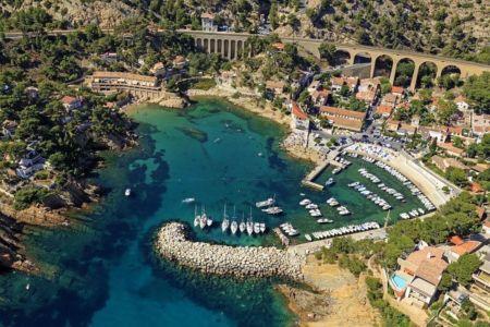 La Cote Bleue, Ensues la Redonne, le port de la Redonne