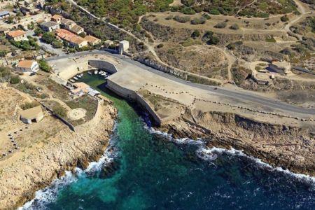 Parc national des Calanques, Marseille, 8e arrondissement, quartier Montredon, calanque de L'Escalette
