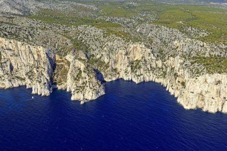 Parc national des Calanques, Marseille, 9e arrondissement, calanque de l'Eissadon, calanque de L'Oule