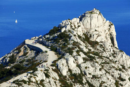 France, Bouches du Rhone (13), Parc national des Calanques, Marseille, Cret de Saint Michel, belvedere de Morgiou
