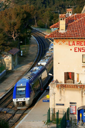 France, Bouches du Rhone (13), Cote Bleue, Ensues La Redonne, gare La Redonne Ensues, train de la Cote Bleue