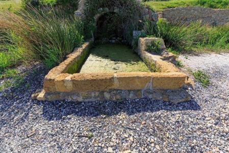 France, Bouches du Rhone (13), Cote Bleue, Martigues, site archeologique de Tholon, La Source d'eau douce, lavoir XVe